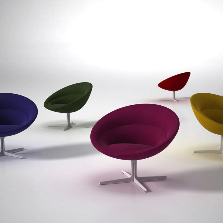 Ora_MultipleChairs