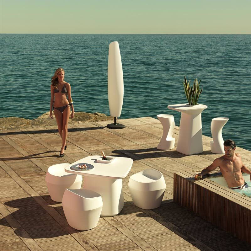 exclusive-outdoor-furniture-stool-chair-bar-table-moma-javiermariscal-vondom